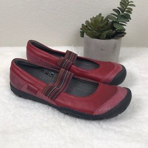 Red Keen Rivington Contour Arch Shoes Sz 8.5